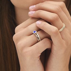 Balto aukso žiedas su safyru ir deimantais | Taurus Jewels